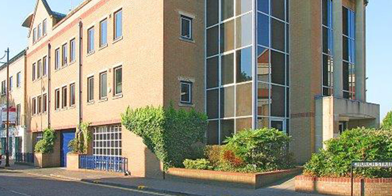 Old Bridge House 40 Church Street Staines TW18 4EP – Full Height Atrium Newly Refurbished Offices To Let