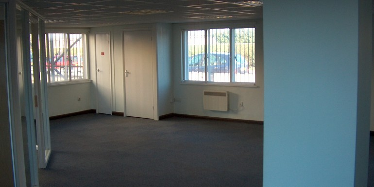 Colnbrook - Unit 2 Galleymead Road Feb 2012 024