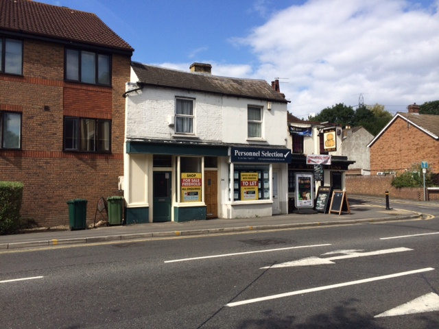 59 London Road Staines TW18 4BN – Small Town Centre Retail – Now Let