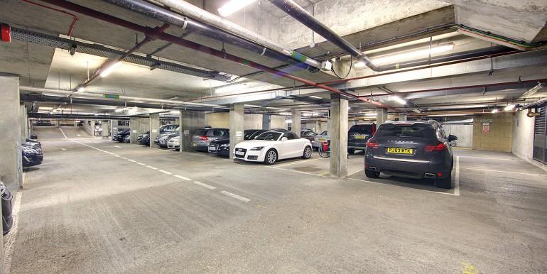 Windsor - Masderia Walk - Morgan House - car park