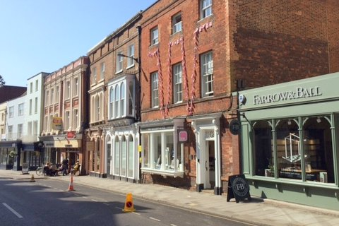 7 High Street Windsor SL4 1LD – office with parking – to let